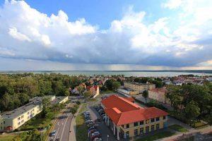 Giżycko-Panorama aus dem Wasserturm-See Niegocin